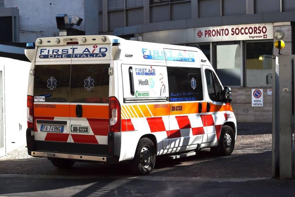 coronavirus ospedale ambulanza pronto soccorso